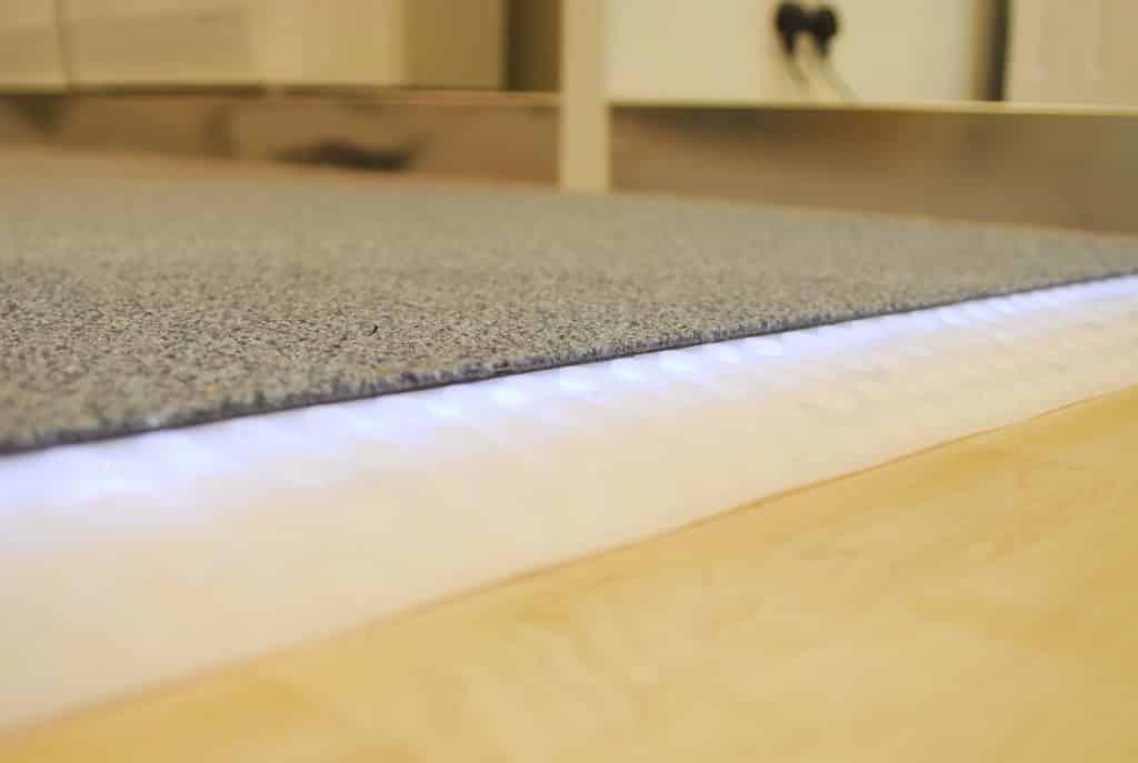 edge lit floor ramp